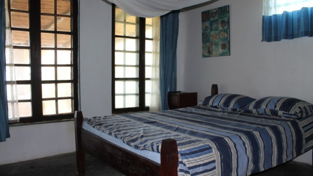 Bedroom double bed 1