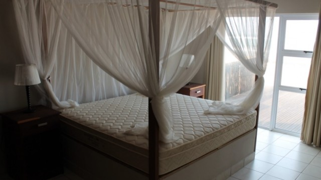 bedroom-1st-floor-seaview-1