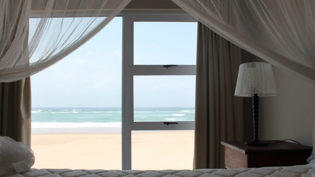 bedroom-2nd-floor-seaview-4