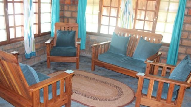 8 chill lounge 2
