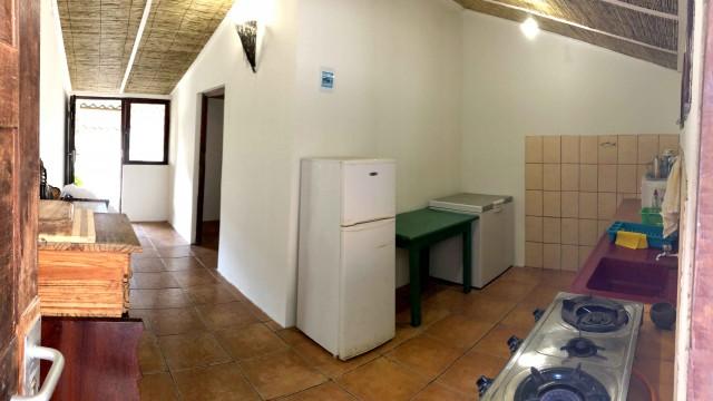 dhowCABIN_kitchen